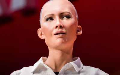Robot Sophia has more rights than women in Saudi Arabia after becoming a citizen