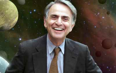 Internet Is Freaking Out Over This Spooky Prediction by Carl Sagan About the Future